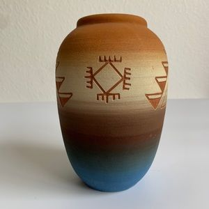 Sioux Pottery Accents - Native American Pottery